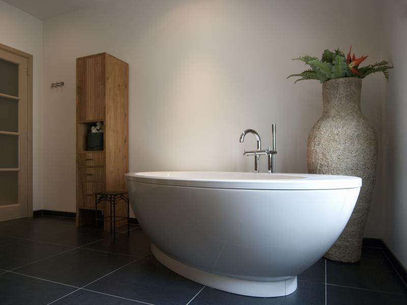 De moderne badkamer fogo stijlvol compact en zen